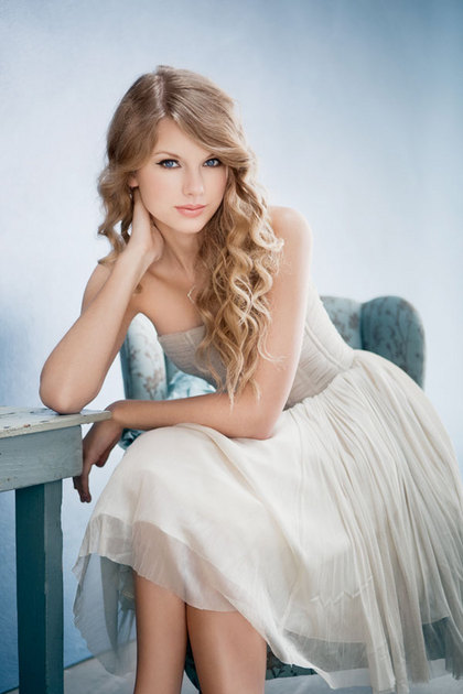 "Taylor Swift photographed for her third studio album, ""Speak Now"" (2010)."