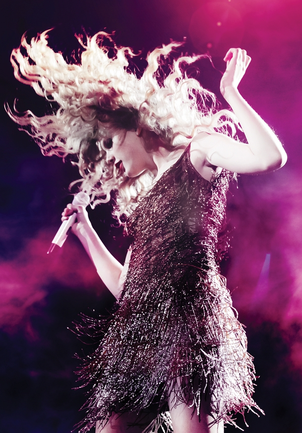 Taylor Swift on the Speak Now World Tour (2011)