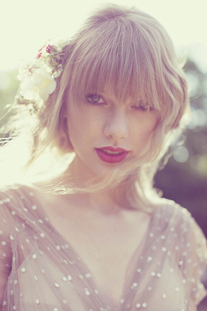 """Taylor Swift photographed for her fourth studio album, """"RED"""" (2012)"""