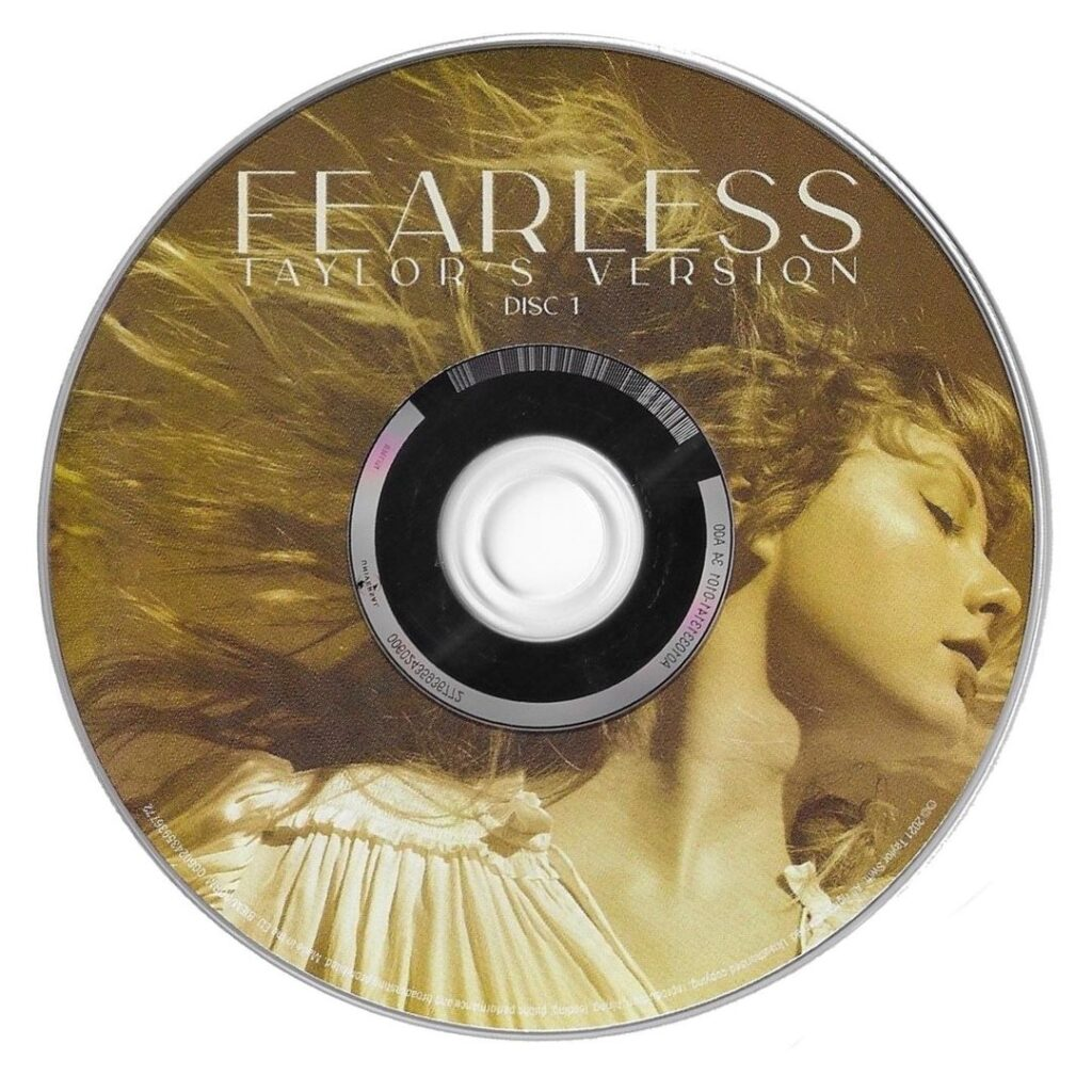 Fearless (Taylor's Version) CD Disc 1