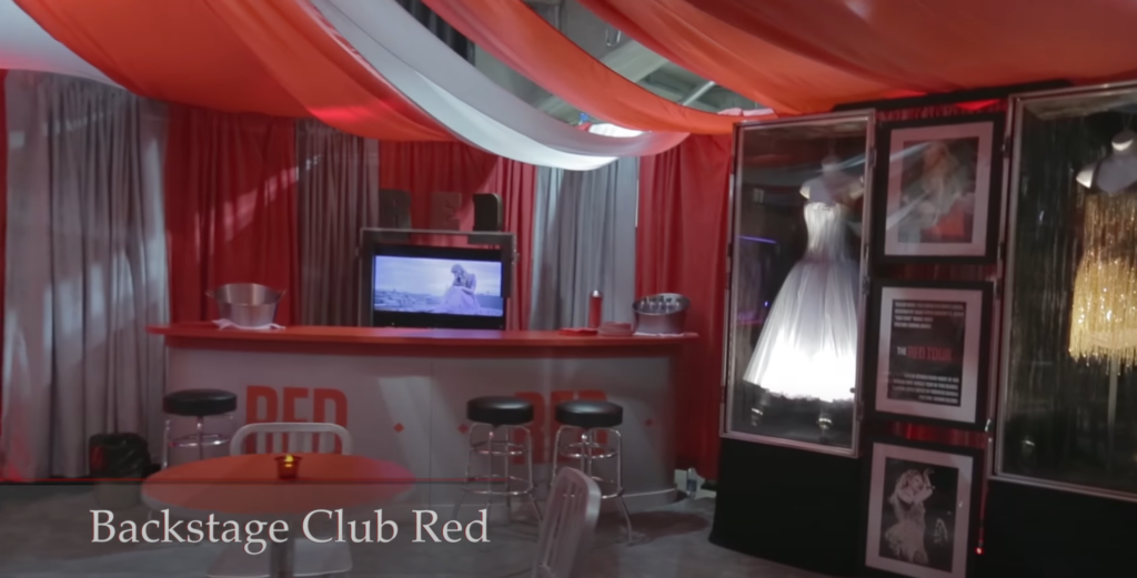 Club RED by Taylor Swift (The RED Tour, 2013)